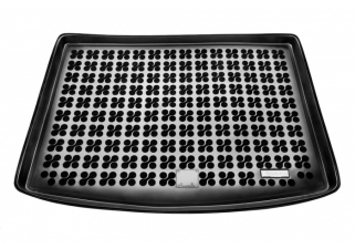 Gumová vaňa do kufra Rezaw Plast Toyota AURIS II Hatchback bez packet comfort 2012-2018.jpg